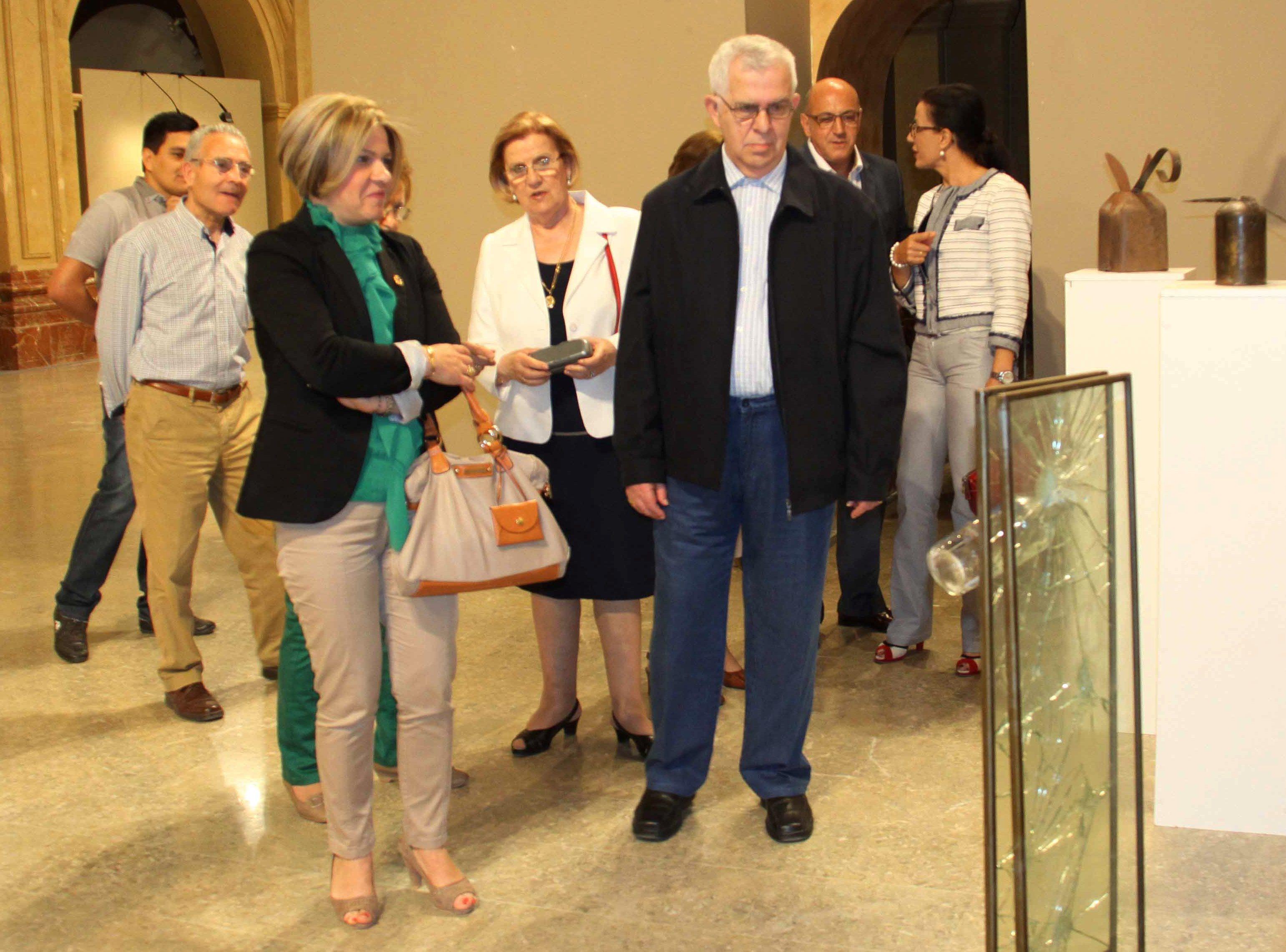La Compañía acoge una nueva exposición de obras cedidas por Martínez Torres
