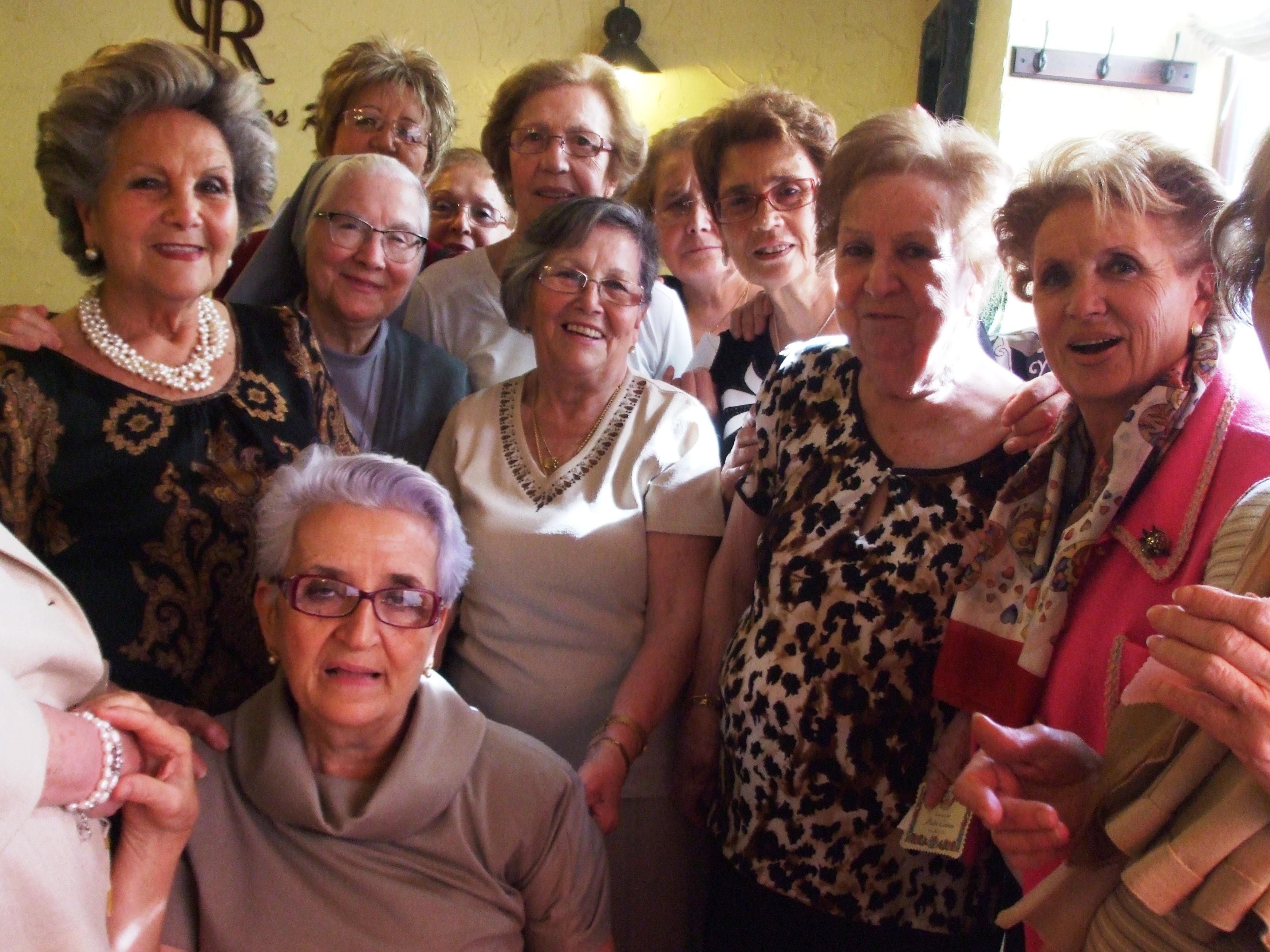Emotivo homenaje a la madre Carmen Castillo